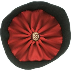 Clerical hat (greek)